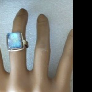 Jewelry - silver plated modernist moonstone ring s 7